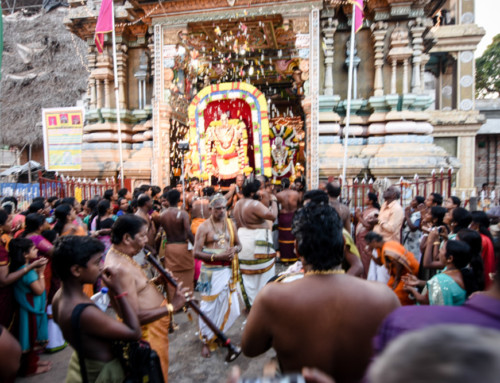 Photography: a traditional Hindu ceremony in Trincomalee